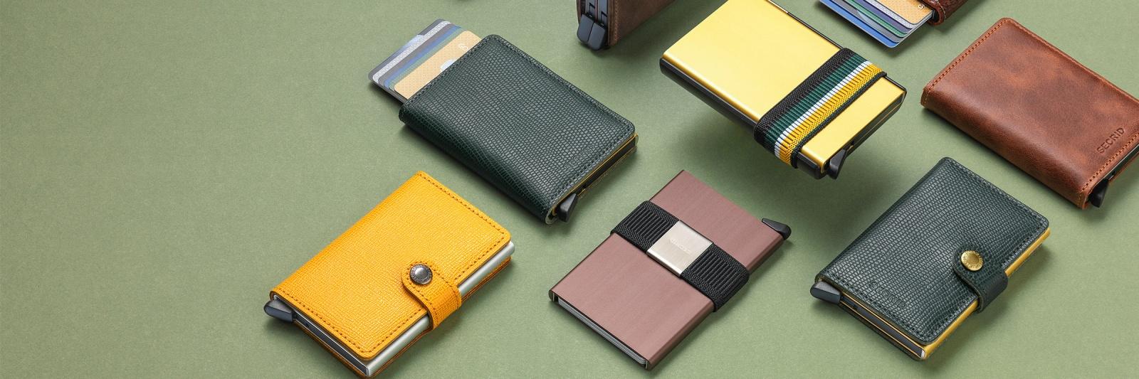 2a6896b5713 Secrid wallets zijn klein van buiten, maar groots van binnen. Elke Secrid  wallet bevat de ultra dunne aluminium Secrid Cardprotector.